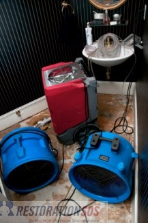 Prevent water damage in the bathroom! Simple inspections for sinks, bathtub, toilet... See also: practical TIPS FOR WATER DAMAGE PREVENTION in the bathroom